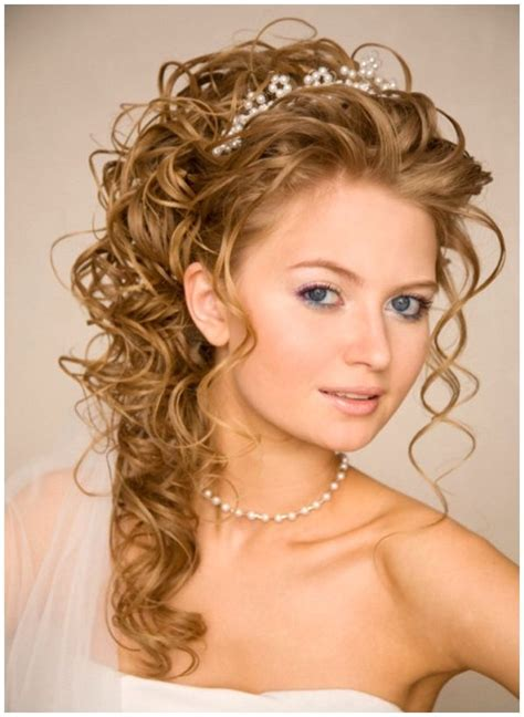 Half Up Wedding Hairstyles With Tiara by Half Up Half Wedding Hairstyles Wedding Hairstyles