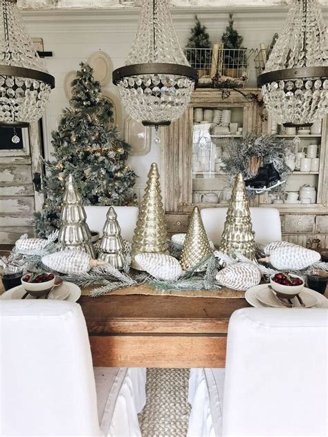 im  excited  share  rustic christmas dining room