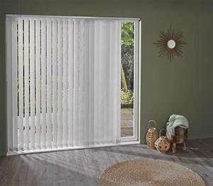 Rideaux Lamelles Verticales : des stores californiens blancs pour habiller la baie ~ Premium-room.com Idées de Décoration