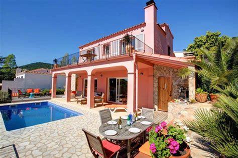location vacances villas maisons avec piscine tamariu ab
