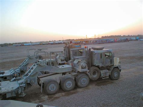 M1070 Hets In Iraq Page 1