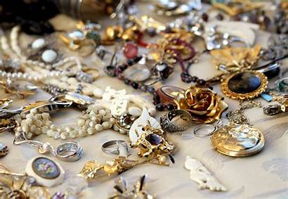 Jewelry Antique Appraisal Difference Between