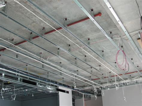 resilient mount for slimceil low clearance ceilings