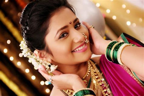 kalyani serial actress age jui gadkari marathi actress kalyani as in serial pudhach