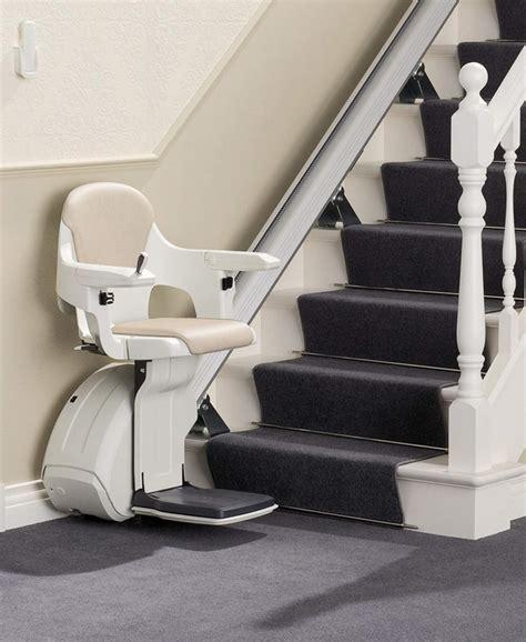 chaise monte escalier installation de fauteuil monte escalier type homeglide