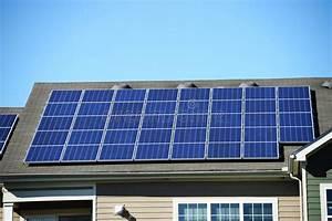 Solaranlage Dach Kosten : solar auf dem dach kosten photovoltaik vorteile kosten installation energie umwelt ~ Orissabook.com Haus und Dekorationen