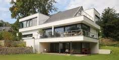 moderne architektur satteldach untergeschoss in kombination mit hang und balkon modern architecture design