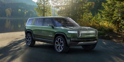 rivian launches  electric  seat suv