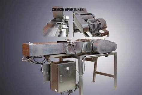 cavecchi type cheese grater machine  pneumatic push grattugia formaggi