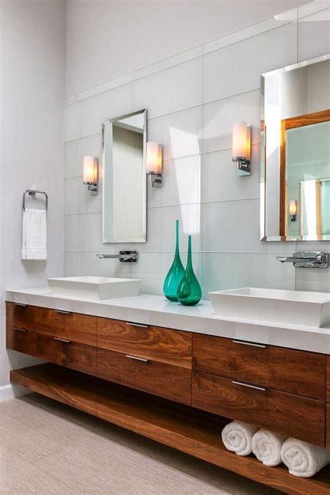 Moderne Badezimmer Schränke by Gro 223 E Moderne Schwimmende Schr 228 Nke Mit Schubladen Und Eine