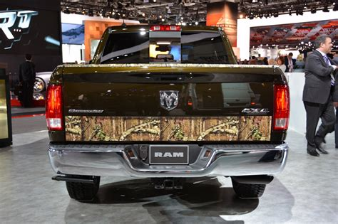 salon de detroit  ram  mossy oak edition ideal