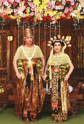 wedding catalogue keunikan pengantin busana sumenep