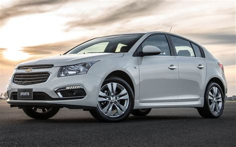 2018 Chevrolet Cruze Avant Pictures Information And