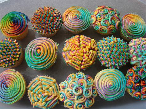 cupcake designs awesome cupcake designs holiday birthday food drink pinterest cake food and rainbow