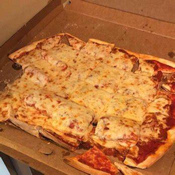 white cottage pizza white cottage pizzeria order food 30 photos