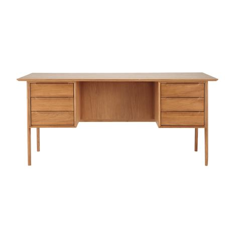 bureau en chene bureau vintage en chêne massif doré l 166 cm portobello