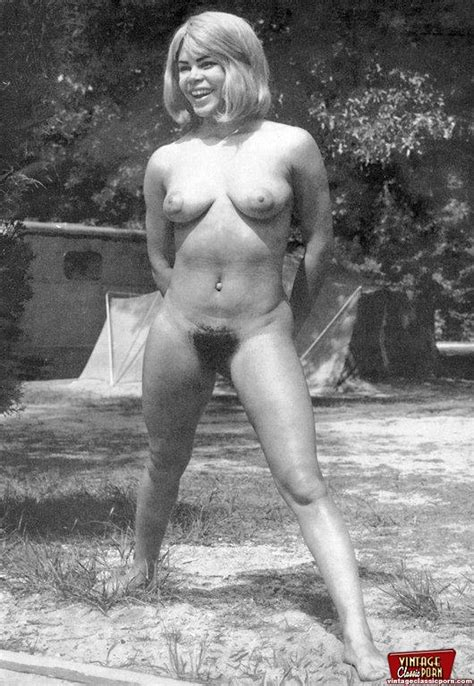 Several Vintage Naked Chicks Showing Their Hairy Pussies Porn Titan