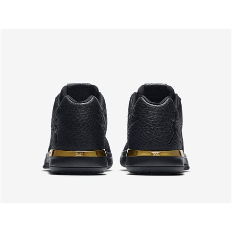 Air Jordan 31 Lowair Jordan 31 Low Metallic Gold 897564 023