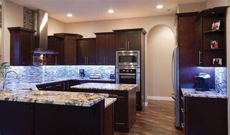 gallery kitchen cabinets