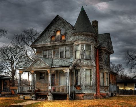 haunted house top 10 scariest places on earth 2014