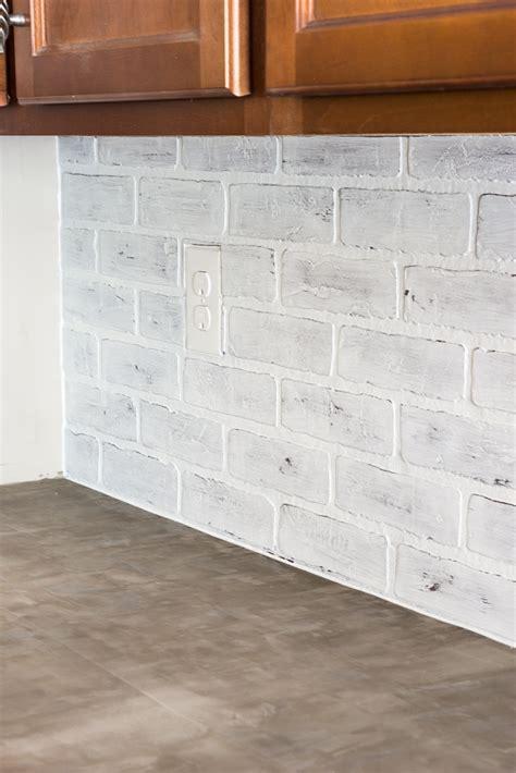 faux brick kitchen backsplash remodelaholic diy whitewashed faux brick backsplash 7178