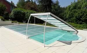 Piscine Plastique Dur : piscine en dur pas cher 17 meilleures id es propos de les petites piscines sur le tas d 39 id ~ Preciouscoupons.com Idées de Décoration