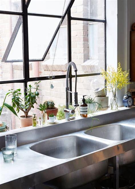 cuisine style atelier artiste tendance les fenêtres en aluminium style industriel frenchy fancy