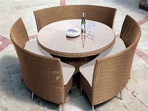 Furniture ideas and tips in small space patio furniture for Patio table and chairs for small spaces