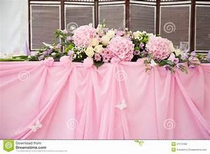 Pink Wedding Bridal Table Decorations Stock Photo - Image