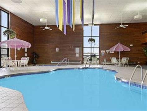 days inn suites wausau deals hotel reviews updated