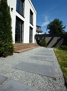 Platten Für Garten : umbriano pflaster und platten f r garten und haus einfahrten eingangsportal zufahrt ~ Orissabook.com Haus und Dekorationen