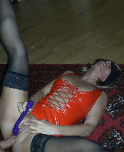 milf blindfolded party xxgasm