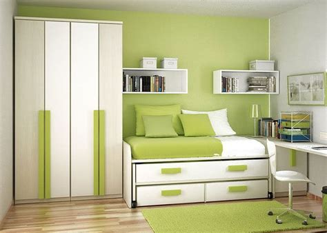 wall paint colors for small rooms and photos
