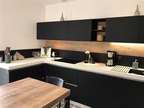 Cuisine Noir Et Blanc Meuble De Cuisine Kitchenaid Maison Et Mobilier D Int 233 Rieur