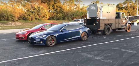 Tesla Model S P100d Runs Amazing 10.76s 1/4-mile, Sets
