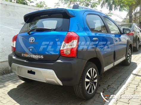 Toyota Etios Valco Photo by 2014 Toyota Etios Cross India Price Photos Specifications