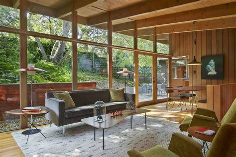 Home tour illustrates how architects, designers live