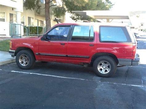 sell   ford explorer xlt sport utility  door