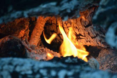 Lagerfeuer Temperatur by Lagerfeuer Im Garten