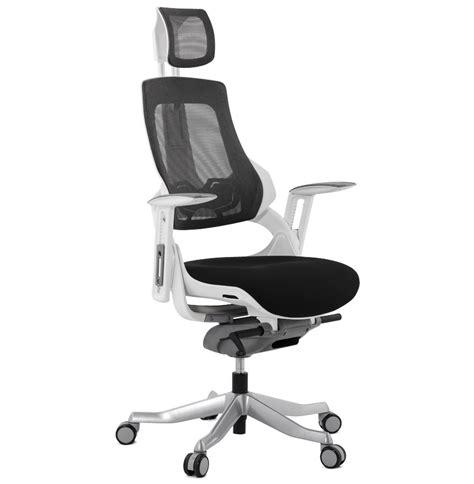 position ergonomique au bureau fauteuil de bureau ergonomique teknik design en tissu noir