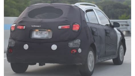 hyundai  active spied  test cartrade