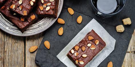 cuisine et mets brownies aux amandes une recette simple avec du croquant