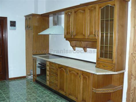 muebles de cocina de madera exposicion franisa cocinas