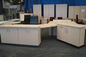 Büroeinrichtung Komplett : b roeinrichtung komplett chefb ro schreibtisch ~ Pilothousefishingboats.com Haus und Dekorationen