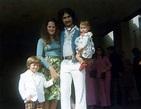 File:1970sfamily3.jpg - Wikimedia Commons