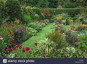 Chenies Manor Gardens