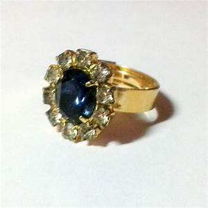 Filereplica of the engagement ring of diana princess of for Wedding ring descriptions