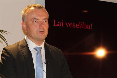 Ekonomiskā krīze apiet Latviju ar līkumu - Neatkarīgā