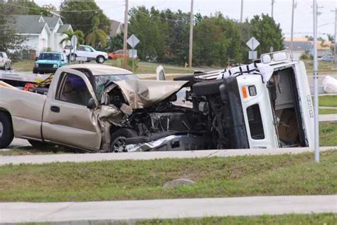 Photos Postal Truck Overturns In Cape Coral Crash Gallery