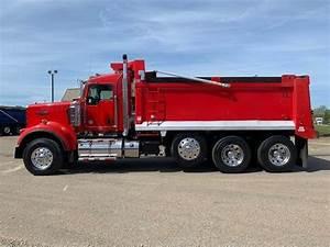 2016 Kenworth W900b Tri Axle Dump Truck